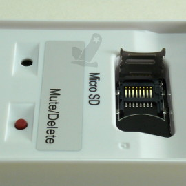 Bouton Mute et support carte microSD
